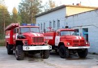 Пожарный автомобиль-цистерна АЦ-3,0-40(43206) на шасси Урал-43206 #Е 333 КВ 51, Пожарный автомобиль-цистерна АЦ-3,0-40(131)-5А на шасси ЗИЛ-131Н #Х 328 КМ 51. Мурманская область, Кандалакшский район, Лувеньга