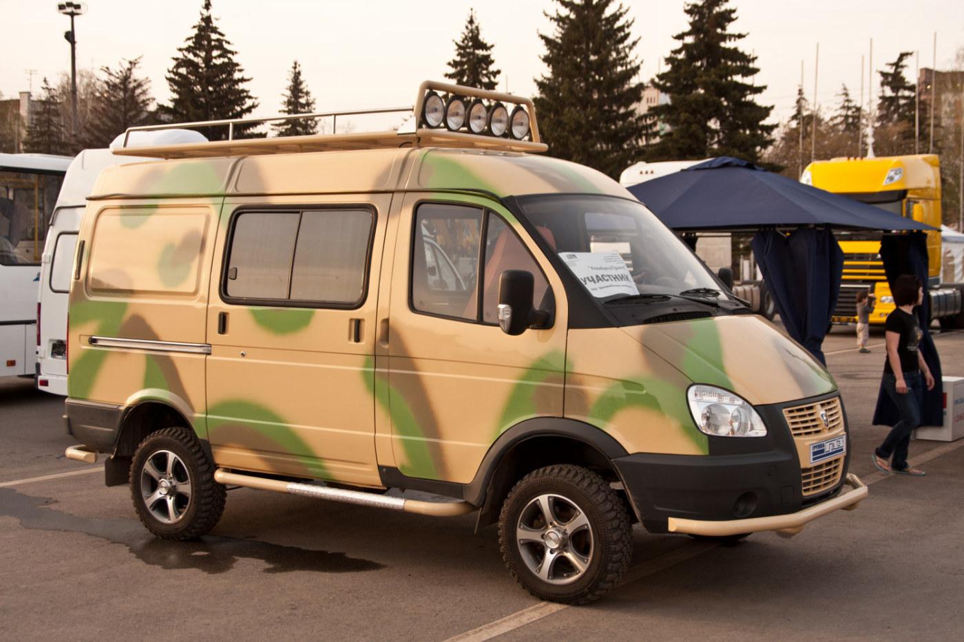 грузопассажирский автомобиль ГАЗ-22177 Соболь. г. Самара, пл. им. В. В. Куйбышева