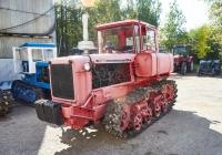 Трактор ДТ-75*. Чувашия, г. Чебоксары, пр. Мира, научно-технический музей истории трактора