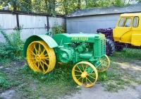 трактор John Deere D. Чувашия, г. Чебоксары, пр. Мира, научно-технический музей истории трактора