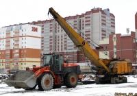 Hitachi ZW220 и Э-10011Д. Алтайский край, Барнаул, улица Шумакова