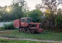 Трактор ДТ-75. Николаевская область, г. Николаев, Новозаводская улица