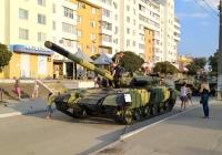 Танк. Приднестровье, Тирасполь, Набережный переулок