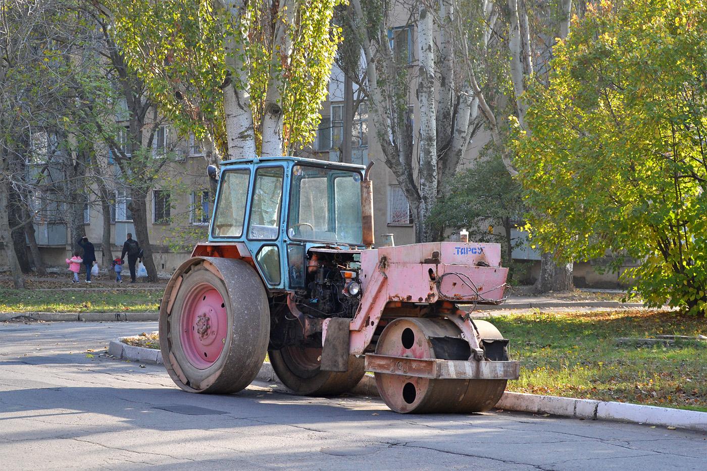 Каток Т-219 #562 ТА. Приднестровье, Тирасполь, улица Юности