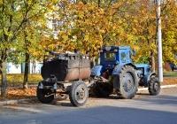 Трактор Т-40АП #825 ТА с прицепом для подогрева битума. Приднестровье, Тирасполь, улица Юности