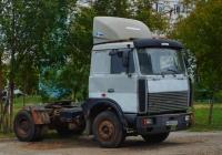 Седельный тягач МАЗ-6422 #М635НХ63. Самара, улица Аминева