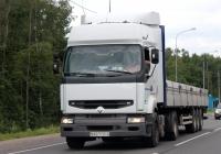 Седельный тягач Renault Premium #AB 7135-2. Россия, Псков, Ленинградское шоссе