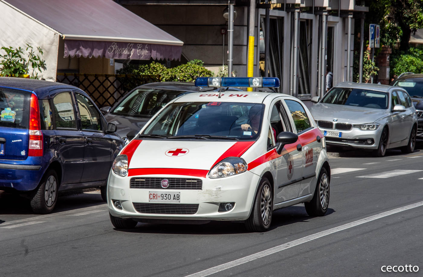 Медицинский автомобиль на базе Fiat Punto CRI930AB. Италия, Bordighera