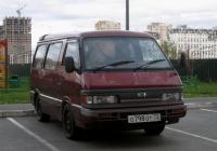 Микроавтобус Mazda Bongo #О 798 ОТ 72 . Тюмень, мкр. Ямальский-2