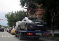 Эвакуатор-манипулятор на шасси Isuzu NQR #Т 020 СС 72 . Тюмень, улица Орджоникидзе