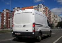 Цельнометаллический фургон Ford Transit #Т 007 ХВ 72 . Тюмень, улица Николая Федорова