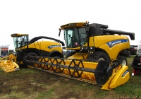 Комбайн New Holland CX6.90. Алтайский край, Павловский район, в окрестностях посёлка Прутской