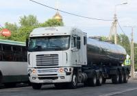 Седельный тягач Freightliner Argosy #У 001 МХ 78. Псков, Крестовское шоссе