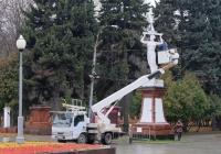 Автоподъёмник Isuzu ELF Х 441 ХР 66. Москва, Ленинградское шоссе
