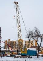 подъемный кран на гусеничном ходу МКГ-25БР, заводской номер - 3545, регистрационный номер - 12866. г. Самара, ул. Крупской, строительная площадка Фрунзенского моста
