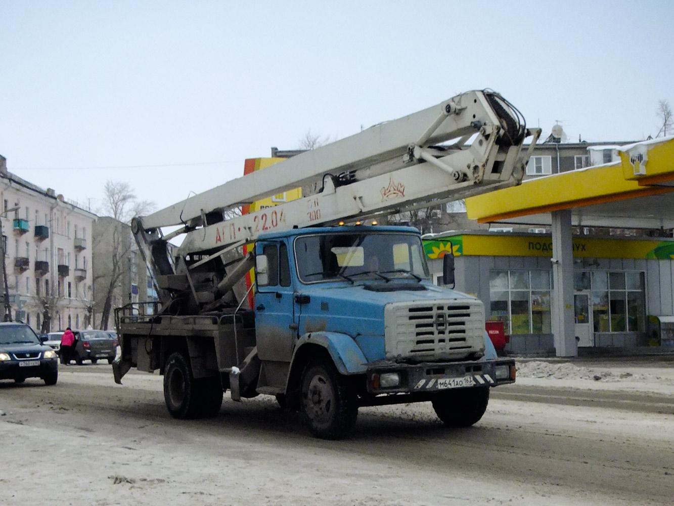 АГП-22.04 на базе ЗиЛ-4333 #М 641 АО 163. Самарская область, Сызрань, улица Фридриха Энгельса