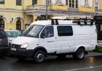 Командно-штабная машина Р-142МНА на шасси ГАЗ-27057 #С840РУ777. Москва, Театральная площадь