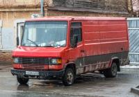 цельнометаллический фургон Merscedes-Benz TN #У638СВ63. г. Самара, ул. Чапаевская