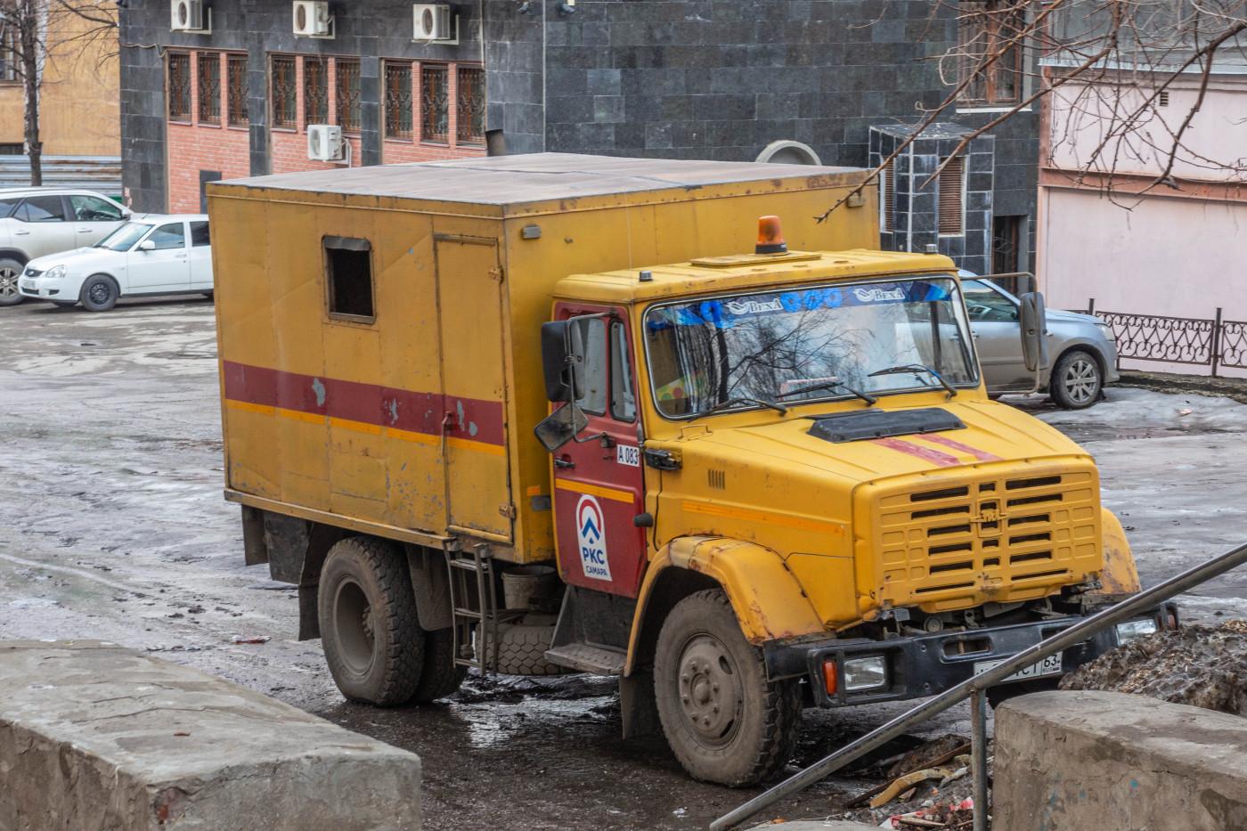 передвижная ремонтная мастерская на шасси ЗиЛ-4331*. г. Самара, ул. Ново-Садовая