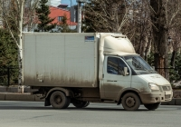 "фургон на шасси ГАЗ-3302-288* ""Газель-Бизнес"". г. Самара, площадь Революции"
