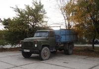 Самосвал на шасси ГАЗ-53-14, В 650 СВ 82. Крым, Евпатория, улица Дмитрия Ульянова
