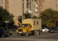 Автомастерская на шасси ГАЗ-3309 №А 873 НХ 82. Крым, Евпатория, улица 9-го Мая