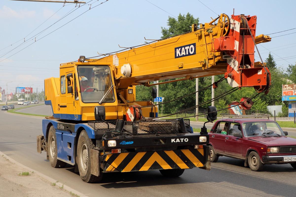 Автокран KATO SR-250SP . Томск, Комсомольский проспект