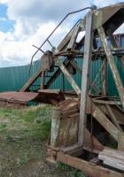 полуприцеп-панелевоз постройки 1989 года. Самарская обл., с. Рождествено, набережная воложки