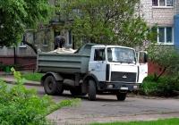 Самосвал МАЗ-5551 #AX 5013 AO. Харьковская область, г. Харьков, Ферганская улица