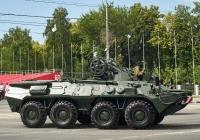 Бронированная ремонтно-эвакуационная машина БРЭМ-К парадного расчета. г. Самара, ул. Вилоновская