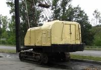 Кран гусеничный. Алтайский край, Барнаул, шоссе Ленточный бор