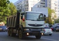 Самосвал Renault Premium #А097ОР763. г.Самара, улица Советской Армии