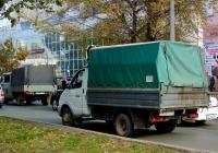 """Бортовой грузовой автомобиль ГАЗ-3302 """"Газель"""" #Е953ТК163. г. Самара, ул. Революционная"""