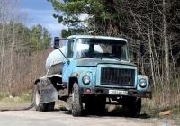КО-503В на шасси ГАЗ-3307 №С 084 ВО 60. Псков, улица Черняховского