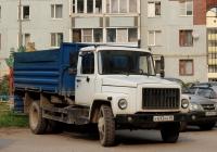 Самосвал ГАЗ-САЗ-35071 на шасси ГАЗ-3309 № У 693 КЕ 60. Псков, Народная улица