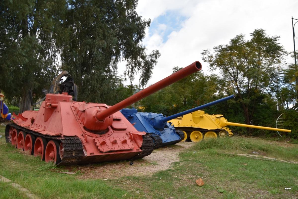 Самоходное артиллерийское орудие СУ-100. Израиль. Кирьят Шмона