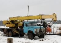Автокран КС-3575А на шасси ИЛ-133ГЯ. Псковский район, Дуброво