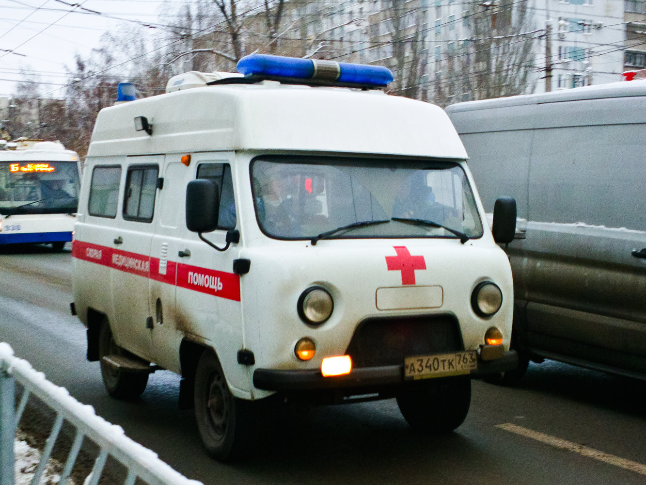 АСМП класса В на базе УАЗ-39625  #А340ТК763. г. Самара, ул. Мичурина