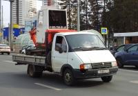 """Бортовой грузовой автомобиль ГАЗ-3302 """"Газель"""" #О168ТС163, Мини-Экскаватор Hitachi. г. Самара, Московское шоссе"""