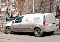 Цельнометаллический фургон LADA Largus F90 #А165МО763. г. Самара, ул. Челюскинцев