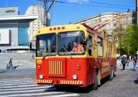 Троллейбус технической помощи КТГ-1 б\н 028 номер в депо. Харьковская область, г. Харьков, площадь Свободы