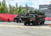 пусковая установка С-300ПС парадного расчета. г. Самара, пл. им. В. В. Куйбышева