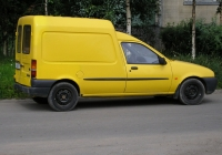 Цельнометаллический фургон FORD COURIER #В843УС78. г. Санкт-Петербург, Искровский пр.