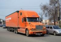 Седельный тягач Freightliner Century #ВМ 0167 ВХ. Харьковская обл., г. Харьков, Нетеченская  набережная