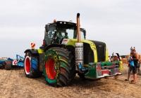 Трактор Claas Xerion 5000, #24322АХ. Харьковская обл., Чугуевский р-н, автодорога Т-21-04
