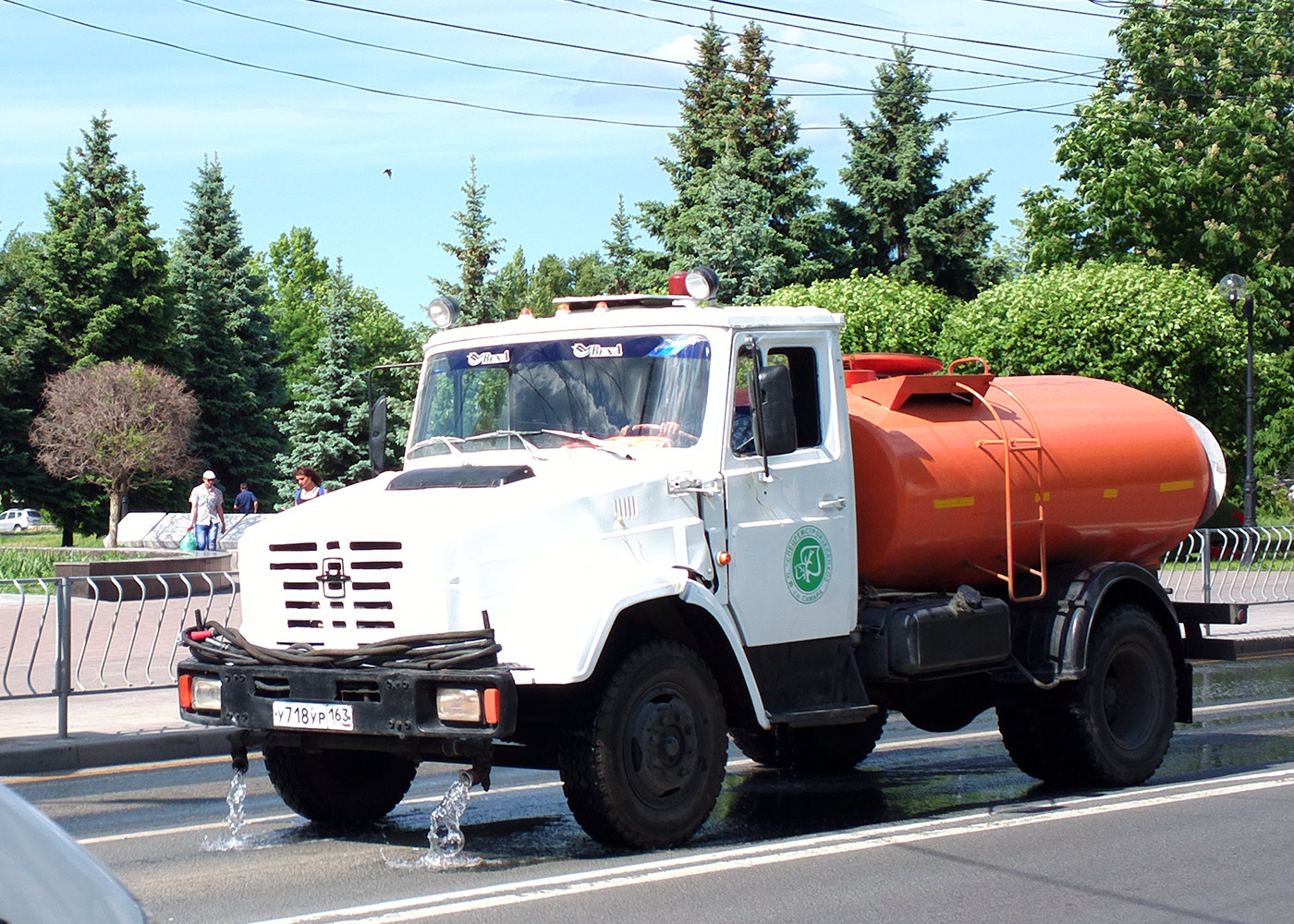 Поливомоечная машина МДК-433362 на шасси ЗиЛ-433362 #У718УР163. г. Самара, ул. Мичурина