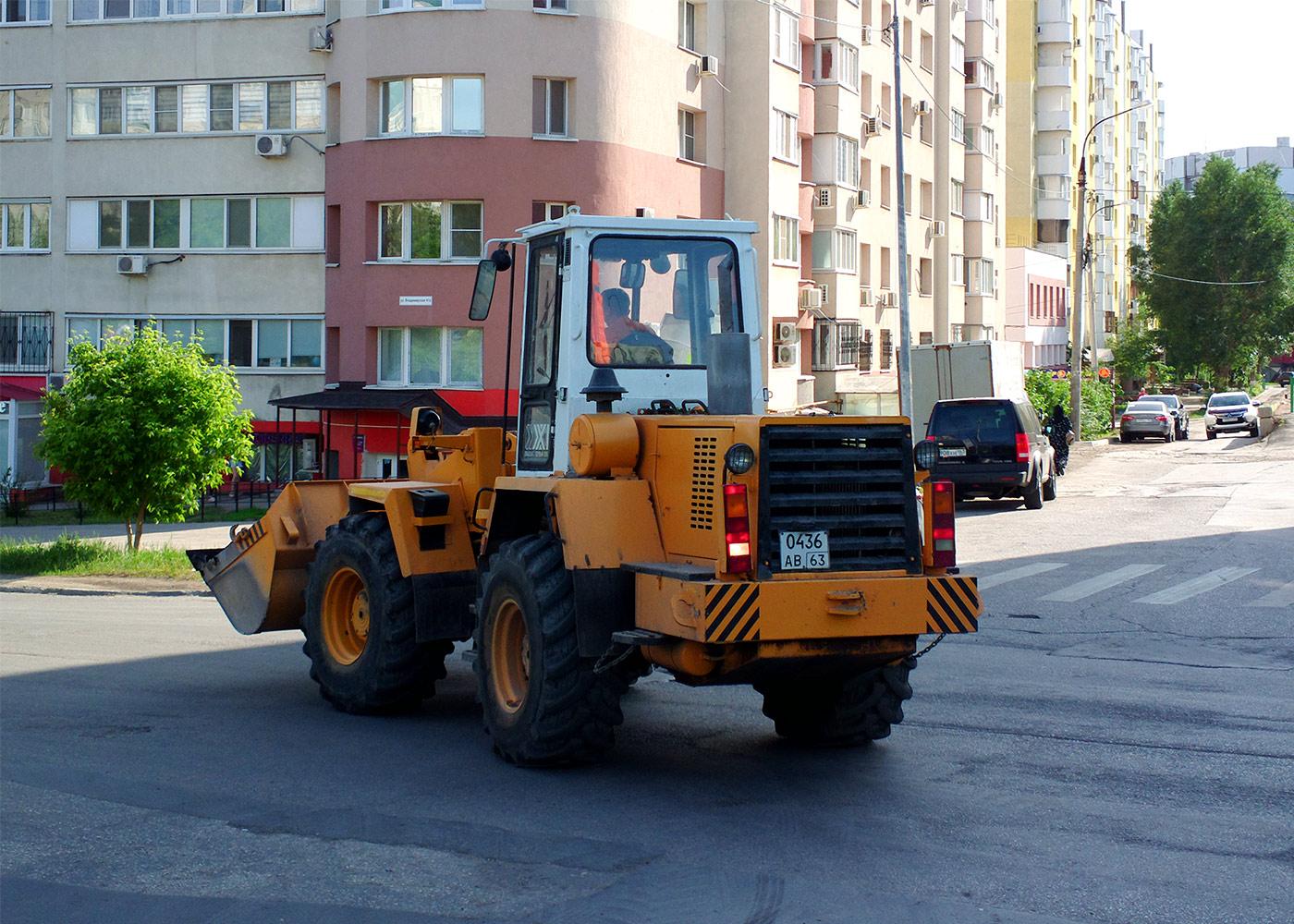 Фронтальный погрузчик Амкодор-342В #0436АВ63. г. Самара, ул. Урицкого